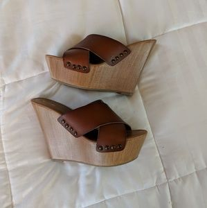 b9198d1089a Mossimo Supply Co. Shoes - Mossimo Wedge Target Brown Sz 9